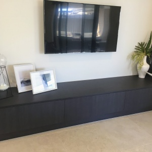 Custom – TV Unit